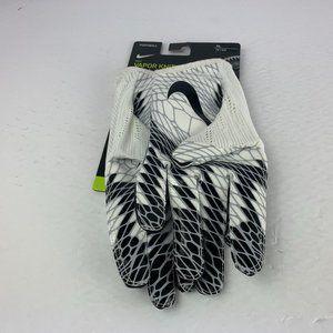 Nike Vapor Knit Football Skill Gloves Magnigrip